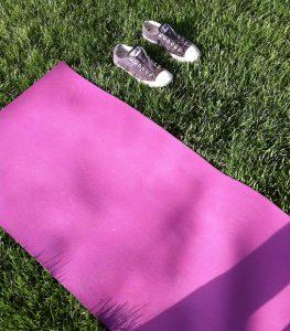 Esenciales de yoga para principiantes - www.michellebadillo.com